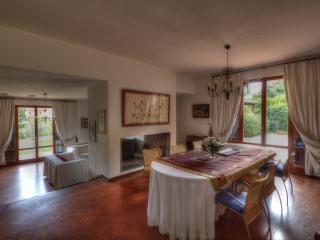 Tuscany Villa Bagnoro, Arezzo Country House - Arezzo vacation rentals