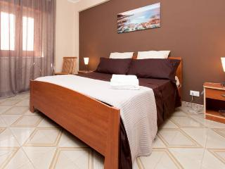 Beautiful 1 bedroom Condo in Bagheria - Bagheria vacation rentals
