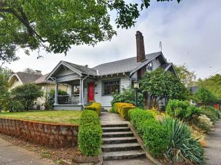 Vacation Rental Bungalow In Portland Oregon - Portland Metro vacation rentals