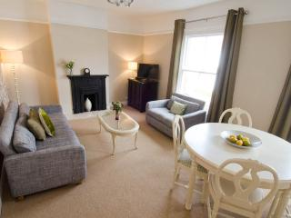 Whitehall 2 bed Apartment, Norwich holiday rental - Norwich vacation rentals