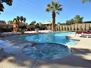 Close to the strip! Pool, Spa, Putting Green NV41 - Las Vegas vacation rentals