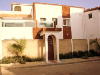 Ker Jahkarlo - Dakar vacation rentals