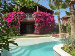 Bright 3 bedroom Mbour Villa with Internet Access - Mbour vacation rentals