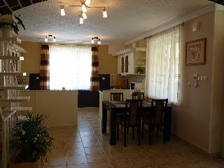3 bedroom Guest house with Internet Access in Esztergom - Esztergom vacation rentals