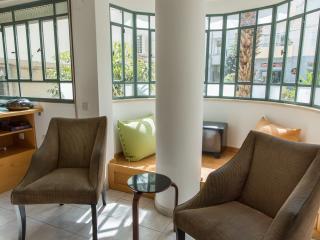 1015 2BDR Frishman 21 - Tel Aviv vacation rentals