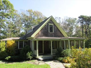 Charming 4 bedroom House in Orleans with Deck - Orleans vacation rentals