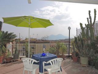 Romantic 1 bedroom Apartment in Naples - Naples vacation rentals