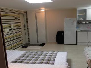 Convenient House with Internet Access and Parking Space - Seoul vacation rentals