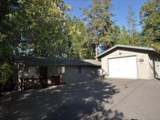 WIFI Slp8 1mi> Popular Marina Beach 25mi> Yosemite - Groveland vacation rentals