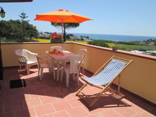 Nice Villa with Deck and Internet Access - Taranto vacation rentals