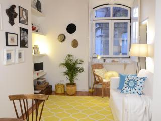 Bright and Romantic Flat, Downtown | Sé | Alfama - Lisbon vacation rentals