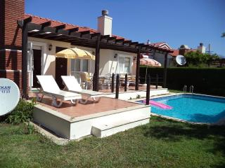 Lovely 3 bedroom Bungalow in Yaniklar with Internet Access - Yaniklar vacation rentals