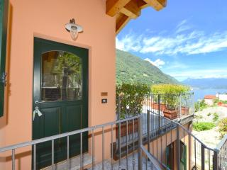 Gorgeous Condo with Internet Access and Dishwasher - Argegno vacation rentals
