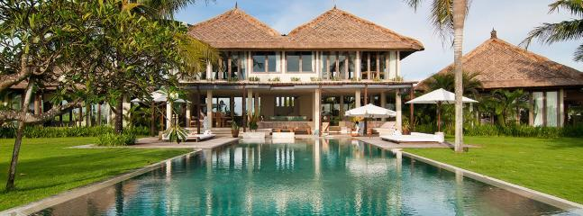 Contemporary luxury villa in Bali, sea view, 12 p. - Image 1 - Bali - rentals