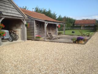 Beautiful 1 bedroom Cottage in Sherborne - Sherborne vacation rentals