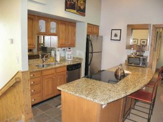 Crescent Ridge 1461-2 Bedroom Condo, Newly Remodeled, Quiet Location - Park City vacation rentals