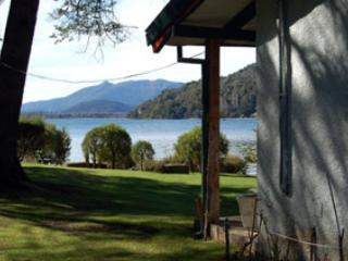 House with Lake View in Colonia Suiza - San Carlos de Bariloche vacation rentals