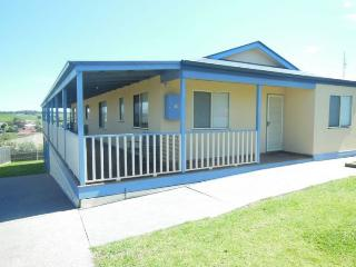 LA VISTA - Lakes Entrance vacation rentals