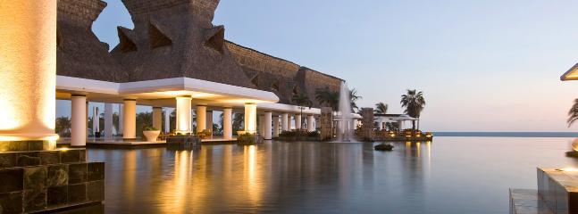 Acapulco Grand Weekly w/Car 0007 - Acapulco vacation rentals
