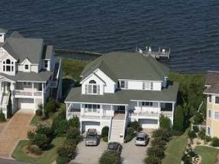 Soundfront 5BR with hot tub on deck - Ballast Point #35 - Manteo vacation rentals