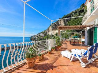 Perfect Condo with Internet Access and A/C - Amalfi vacation rentals