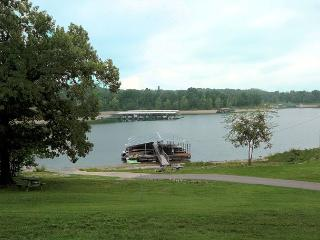 Lakeside Celebration-2 Bedroom, 2 Bath Table Rock Lake Front Condo - Branson vacation rentals