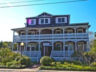 """Somewhere In Time"" 3330 - Image 1 - Cape May Point - rentals"