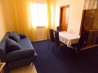 Apartment Toni 2 for 4pax in the city center of Novalja - Novalja vacation rentals