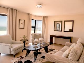 De Merindol Luxury Apartments - Strand vacation rentals