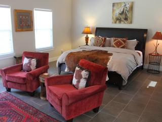 Running Horse Cottage with Hill Country Views - Doss vacation rentals