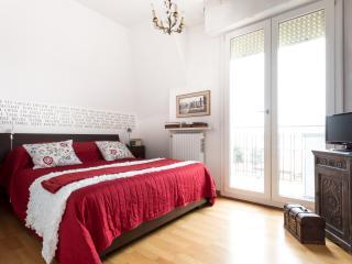 RENT-IT-VENICE Lolita House - Mestre vacation rentals