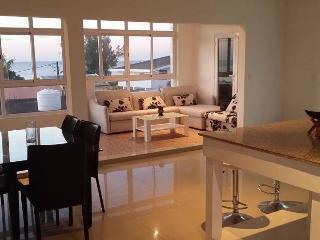 Cozy 2 bedroom Albion Condo with Internet Access - Albion vacation rentals