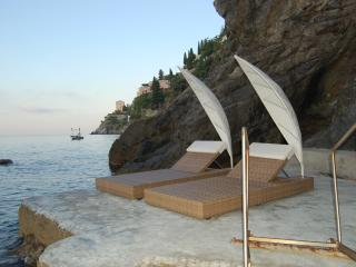 Large Villa Near Amalfi with a Jacuzzi and Spectacular Sea Views - Villa la Grotta - Amalfi Coast vacation rentals