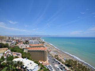 Luxury bay view penthouse - Torremolinos vacation rentals