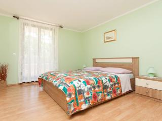 """Apartment """"Oliva"""" 2km from center - Pula vacation rentals"""