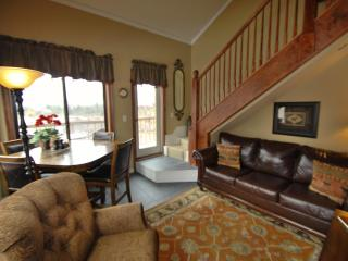 Pristine Condo, deck, fireplace, garage,big views! - Keystone vacation rentals