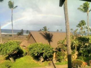 Beach, Ocean, Sunset Views, Top Floor, End Unit - Maunaloa vacation rentals