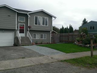 Point Defiance Furnished Home - by Waterfront - Tacoma vacation rentals