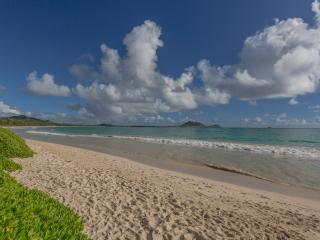 Comfortable House with Internet Access and Satellite Or Cable TV - Kailua vacation rentals