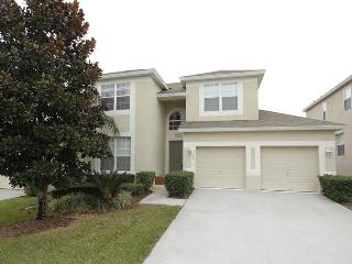 Beautiful 5 bedroom, 5 bathroom home with large community pool and private South facing pool. - Central Florida vacation rentals