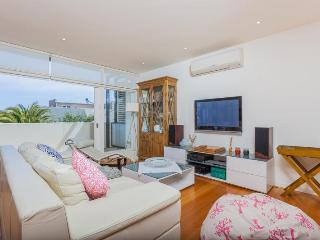 Nice 2 bedroom Sorrento Apartment with A/C - Sorrento vacation rentals