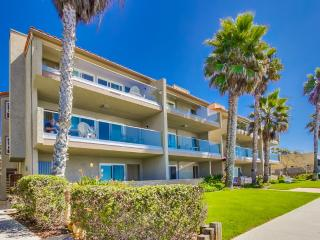 Nice Condo with Internet Access and Satellite Or Cable TV - Carlsbad vacation rentals