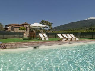 Apartment in country house near Florence - Donnini vacation rentals