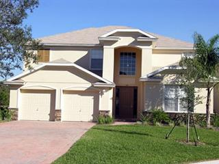 Very spacious home, 8' pool table, oversized heated pool & Spa, free Wi-Fi - Kissimmee vacation rentals