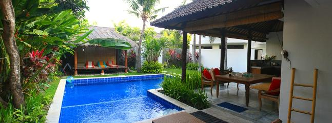 Pool and bale - Easter Special 6-19 April -contact for details - Seminyak - rentals
