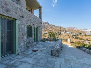 Large 7-Bdrm Stone Villa with Pvt Pool in Serifos - Serifos vacation rentals
