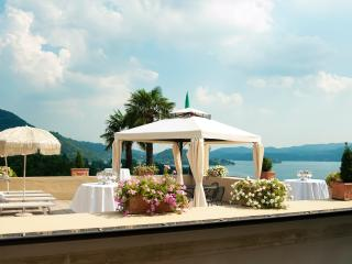 Large charming villa with spectacular Lake Orta view: 14 Sleeps, 7 bedroom, 5 bathroom - Pettenasco vacation rentals