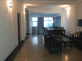 FULLY FURNISHED 2 AC BEDROOM APARTMENT IN DEHIWALA - Colombo vacation rentals