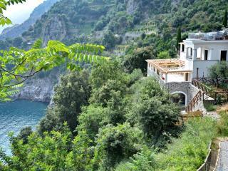 Perfect 2 bedroom Villa in Conca dei Marini - Conca dei Marini vacation rentals