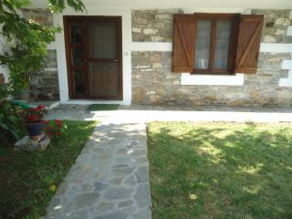 Petrino 1880 stone house - Macedonia Region vacation rentals